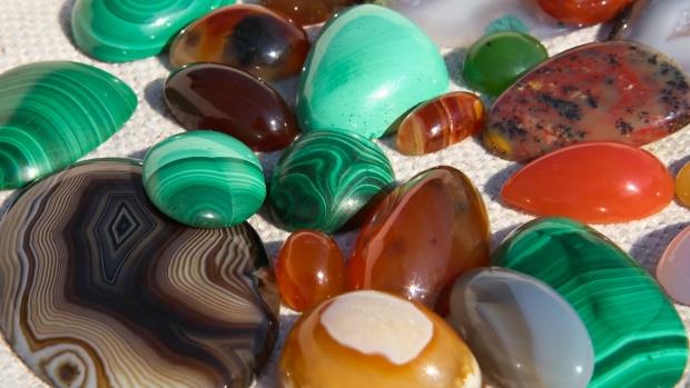 Care sunt cele mai cunoscute cristale semipretioase