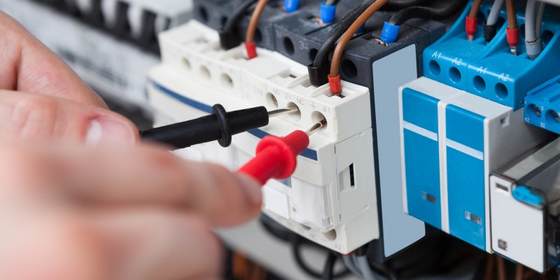 Cum te asiguri ca alegi un electrician profesionist?