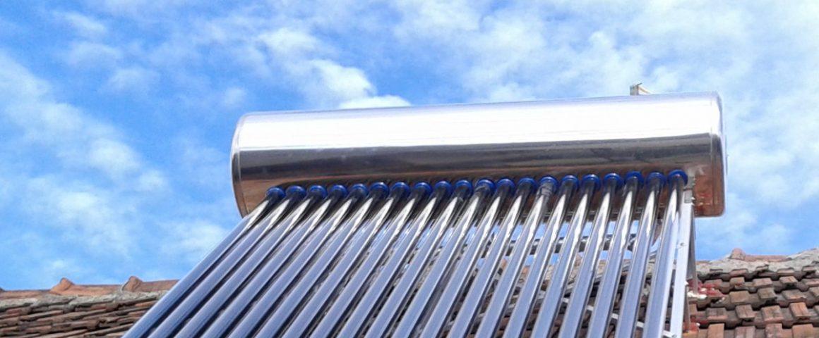 Cum se alege un panou solar pentru incalzirea apei menajere?