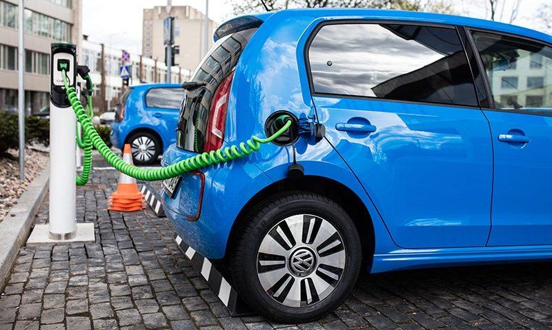Importanta statiilor de incarcare pentru vehicule electrice